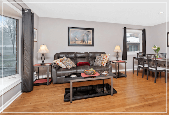 just listed for sale in chicago suburbs 892 S 3rd Ave, Des Plaines, IL 60016